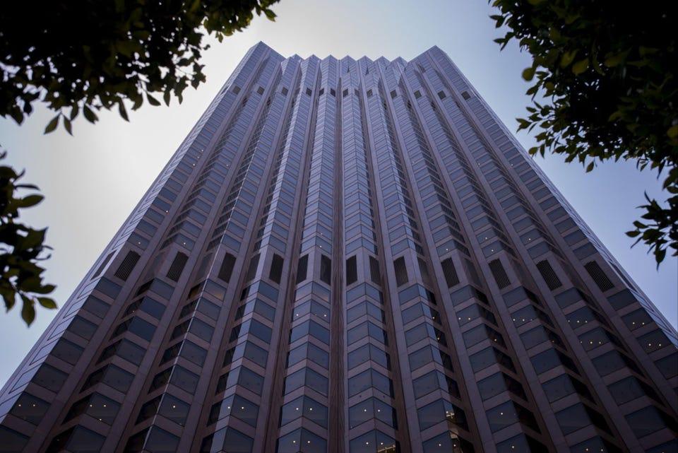 Donald Trump sở hữu 30% cổ phần tại 555 California Street - một tòa nhà văn phòng ở San Francisco (Nguồn: BLOOMBERG).