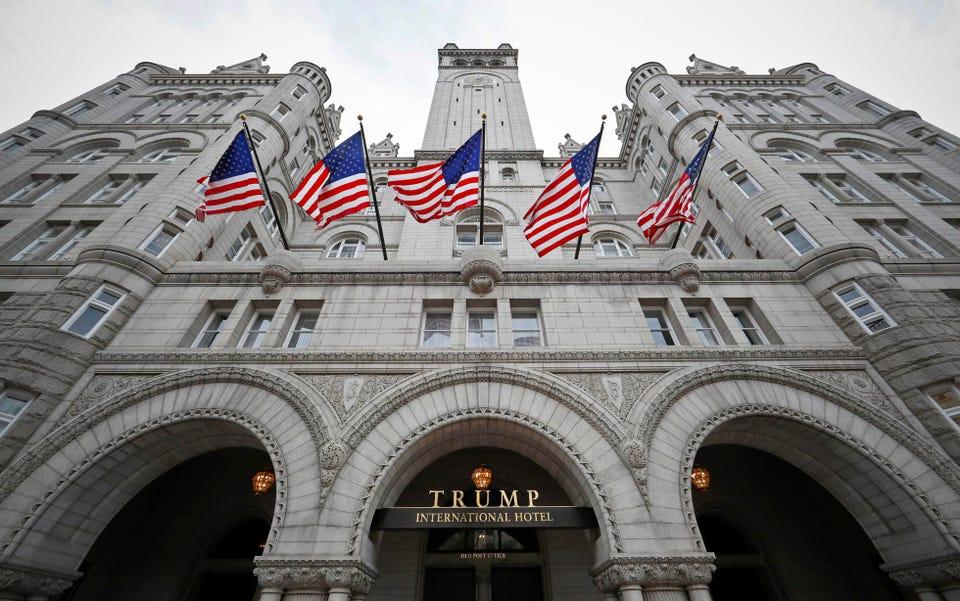 Khách sạn Quốc tế Trump ở Washington, D.C. (Nguồn: Forbes).
