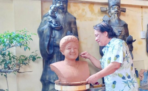 Bát Tràng (Gia Lâm): Người thổi hồn vào các sản phẩm gốm