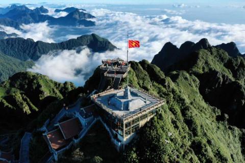 Những công trình du lịch Việt Nam khiến thế giới thán phục