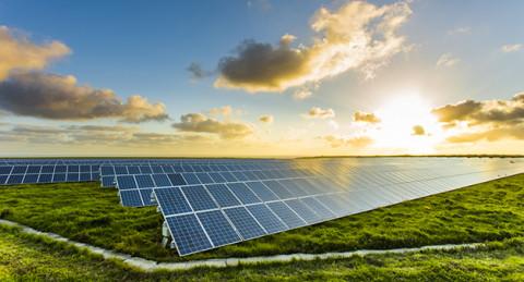 Equis Singapore VietNam đề xuất đầu tư điện mặt trời tại Khánh Hòa