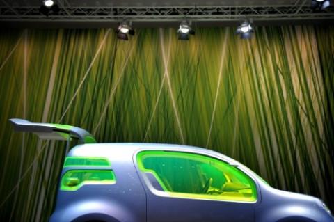 """Tiến trình chuyển đổi xe điện của các """"gã khổng lồ"""" ngành sản xuất ô tô"""