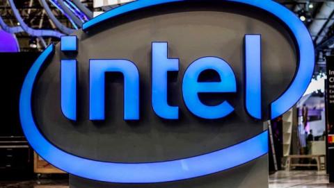 Intel đặt mục tiêu giành lại ngôi vương sản xuất chip từ TSMC và Samsung vào năm 2025