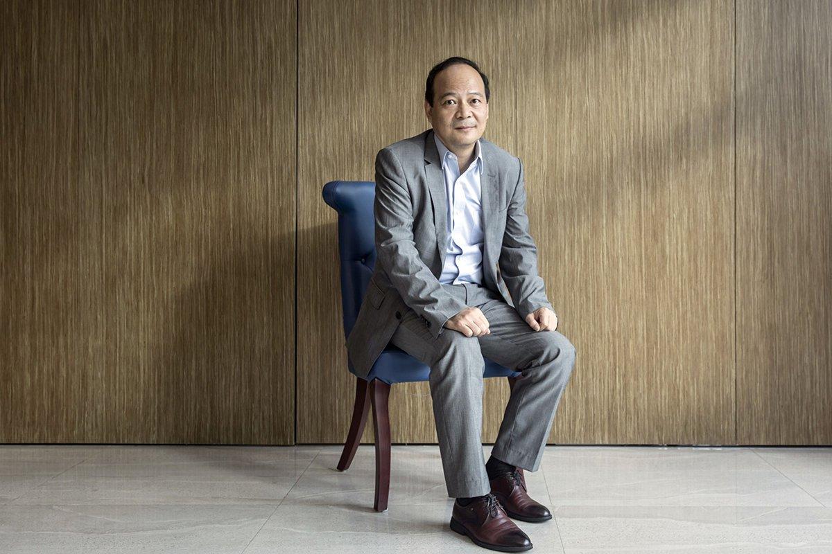 Zeng Yuqun: từ một công chức lương 30 USD/ tháng trở thành ông trùm pin xe điện lớn nhất thế giới. Nguồn: Internet