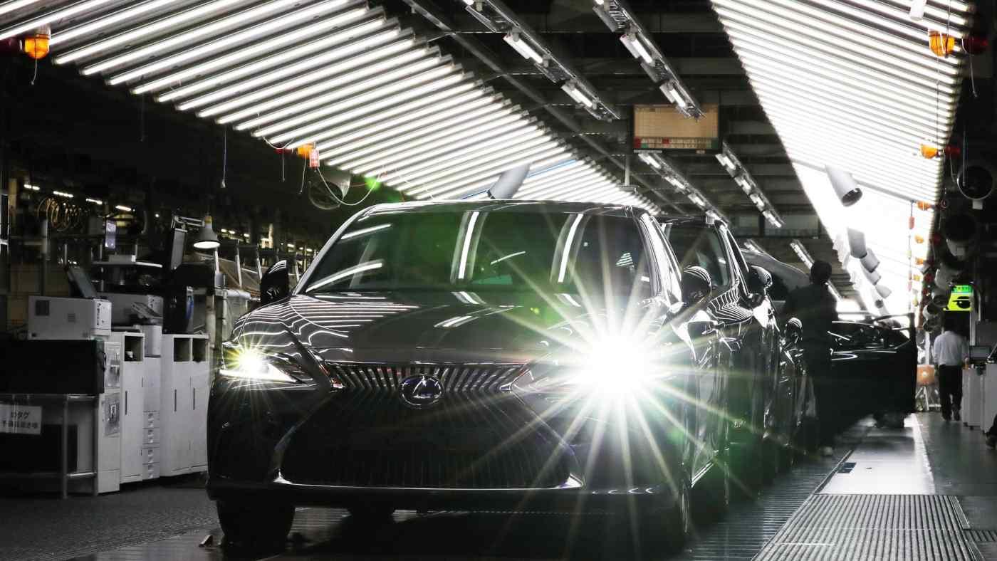 Một dây chuyền sản xuất Lexus tại Nhật Bản: Tình trạng thiếu hụt các bộ phận sản xuất tại Đông Nam Á đang làm gián đoạn lịch trình nhà máy của Toyota. (Ảnh của Shinya Sawai)