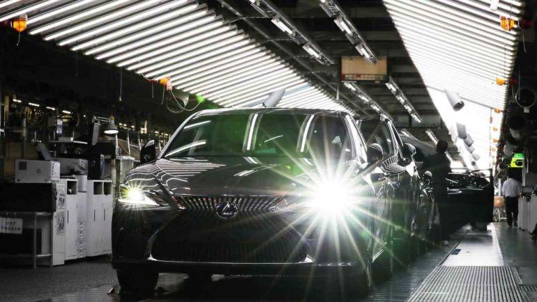 Toyota tạm dừng sản xuất mẫu xe Lexus và Land Cruiser do các đợt bùng phát dịch tại khu vực Đông Nam Á