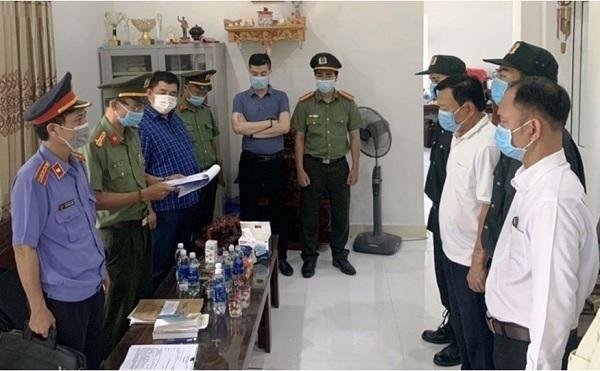 Cơ quan điều tra thực hiện lệnh bắt giám đốc và phó giám đốc Cảng hàng không quốc tế Phú Bài
