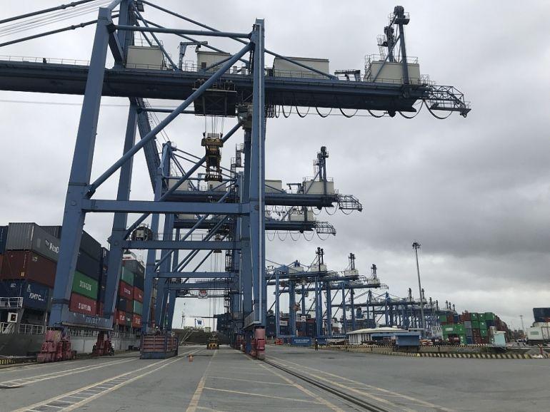 Cảng Cát Lái thiếu 50% nhân lực để duy trì 3 ca hoạt động