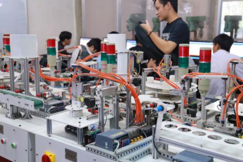 Điện tử và thực phẩm hai ngành xuất khẩu chủ chốt trong chuỗi cung ứng toàn cầu như thế nào?
