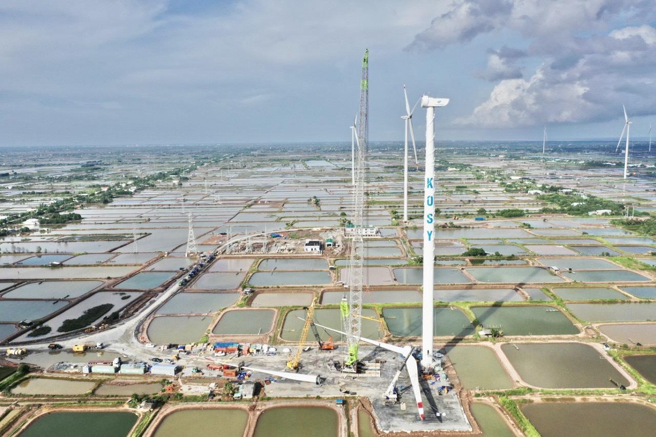 Dự án Nhà máy Điện gió Kosy Bạc Liêu giai đoạn 1 nhìn từ trên cao.