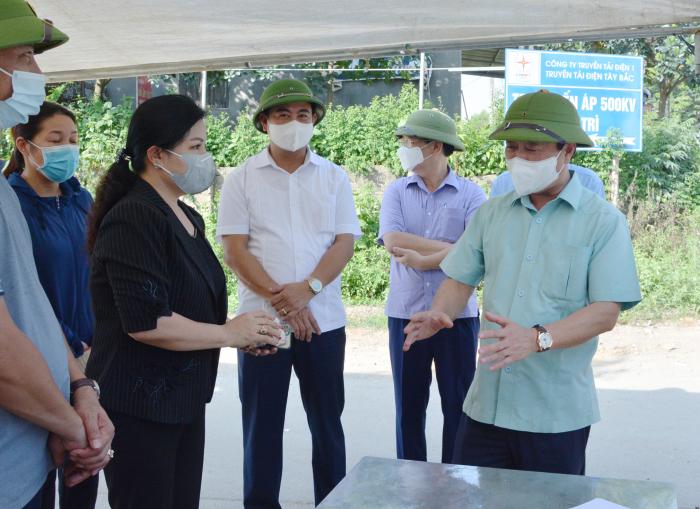 Chủ tịch UBND tỉnh Phú Thọ kiểm tra chốt phong tỏa phòng dịch tại khu 1, xã Gia Thanh, huyện Phú Ninh