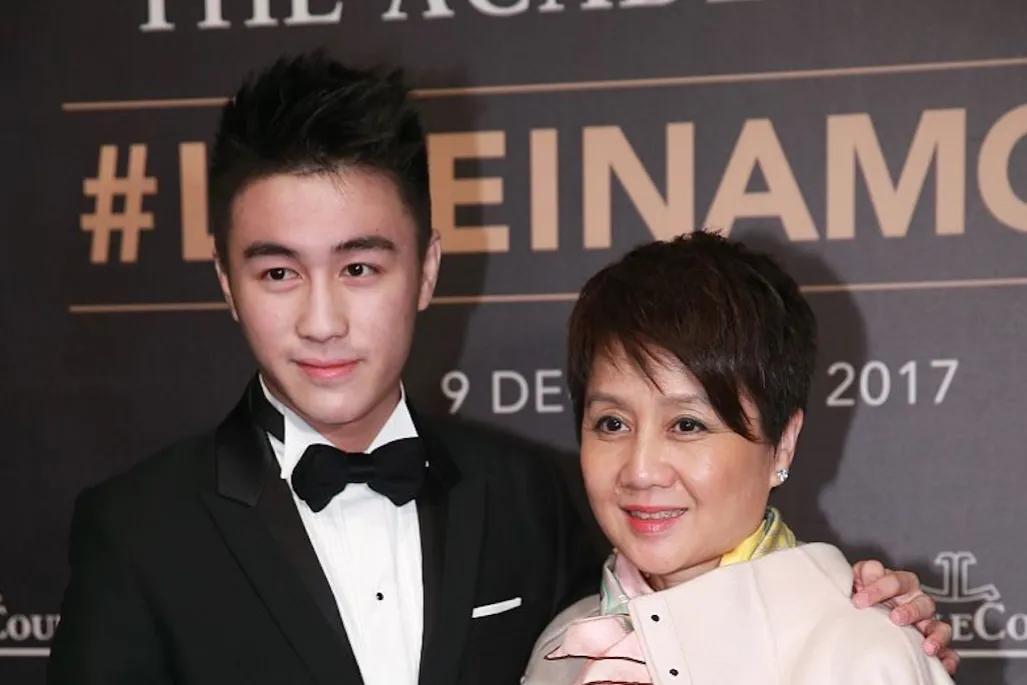 Bà tư bên quý tử He youjun nổi tiếng
