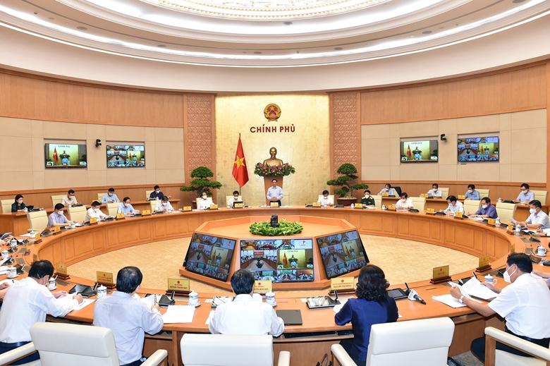 Hội nghị trực tuyến của Chính phủ với 63 tỉnh, thành phố để thực hiện ngay các giải pháp cấp bách phòng, chống dịch COVID-19