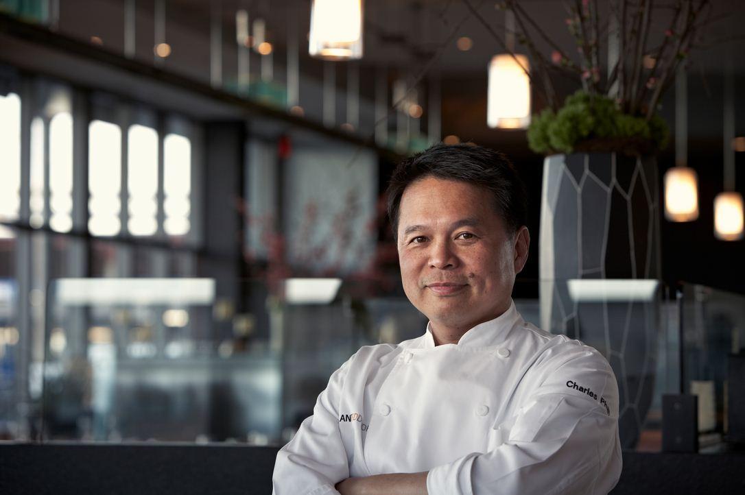 Charles Phan, đầu bếp gốc Việt nổi tiếng tại San Francisco, Mỹ. Ảnh: Bizlive