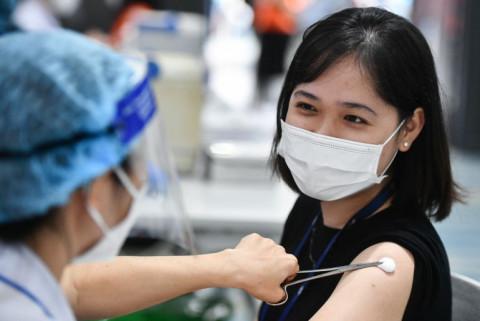 Bộ Y tế cấm thu tiền, nhận tiền bồi dưỡng khi tiêm vaccine COVID-19