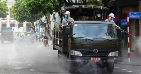 Bộ Y tế yêu cầu không phun hóa chất khử khuẩn diệt SARS-CoV-2 ngoài trời
