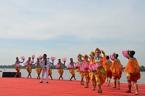 """Kiên Giang: Thực hiện Dự án """"Bảo tồn, phát huy giá trị văn hóa truyền thống tốt đẹp của các dân tộc thiểu số gắn với phát triển du lịch"""