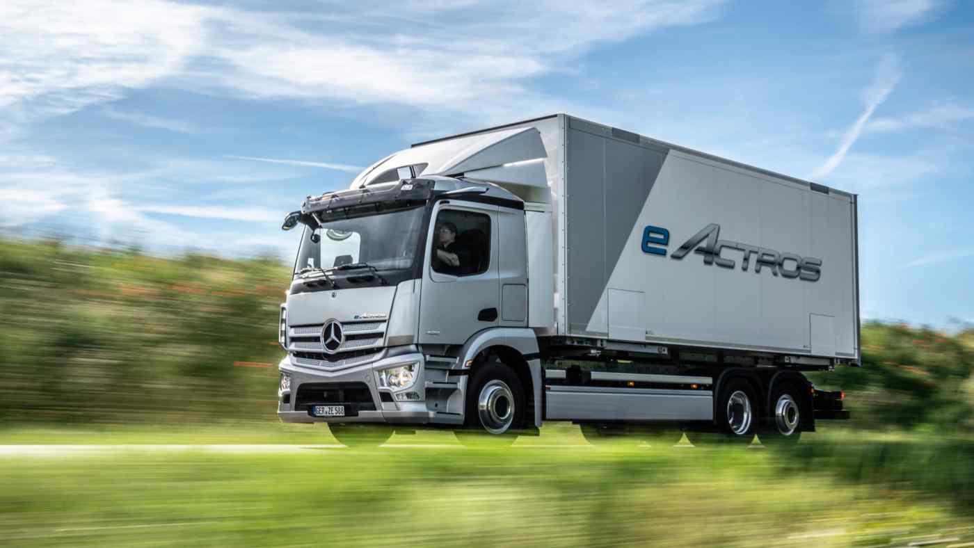 Các đối tác châu Âu đã có khởi đầu trong cuộc đua điện khí hóa: Daimler Truck đặt mục tiêu xe điện và xe chạy bằng pin nhiên liệu chiếm 60% doanh số vào năm 2030. (Ảnh: Daimler)