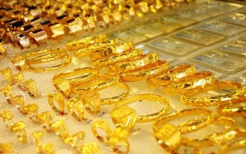 Ngày 3/8: Giá vàng vàng tăng mạnh trở lại