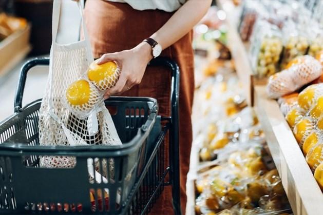 Nhiều người đã chủ động thay đổi khung giờ mua sắm để tránh tập trung đông người