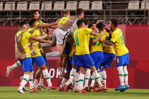 Brazil đánh bại Mexico, Tây Ban Nha hạ Nhật Bản, hai đội gặp nhau ở trận chung kết Olympic Tokyo môn bóng đá nam