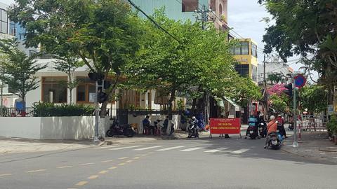 Đà Nẵng đổi mẫu giấy đi đường: Tăng áp lực cho chính quyền cơ sở
