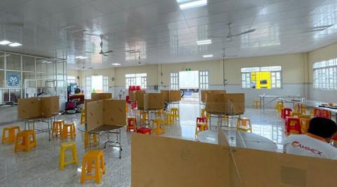 Công nhân Camimex Group Cà Mau được bố trí nghỉ khách sạn để đi làm việc