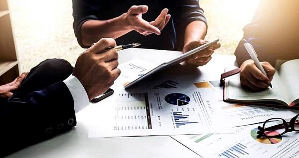 Doanh nghiệp thẩm định giá được chủ động đề nghị cơ quan có thẩm quyền thực hiện đánh giá chất lượng hoạt động thẩm định giá tại doanh nghiệp..