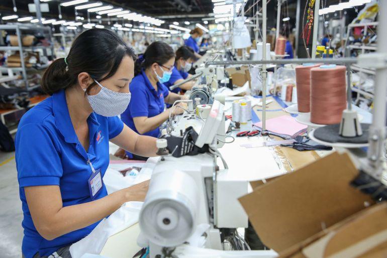 Lãnh đạo gần 100 doanh nghiệp ngành quần áo, giày dép thế giới đề nghị Mỹ cung cấp thêm vắc xin cho Việt Nam