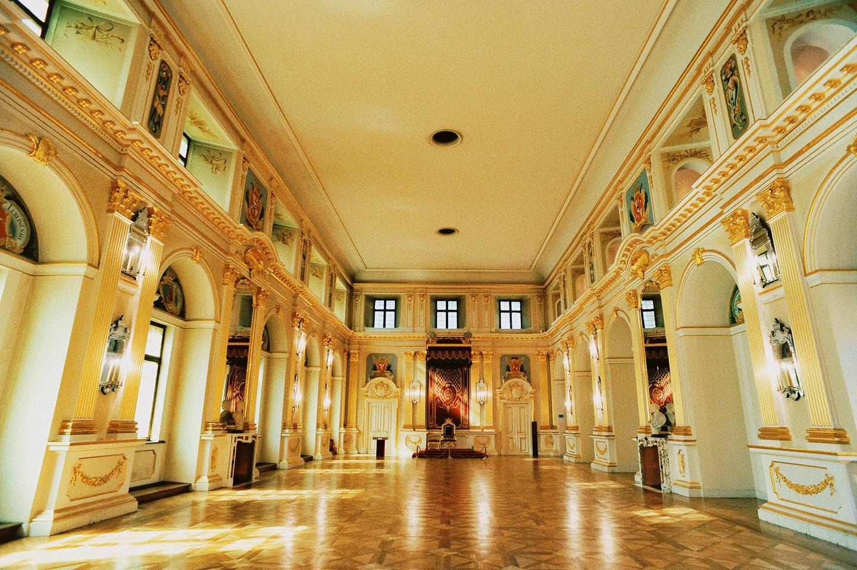 Bên trong lâu đài hoàng gia hơn 700 tuổi ở Ba Lan