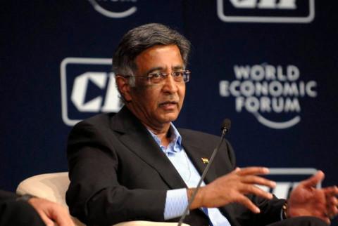 Tỷ phú phụ tùng ô tô Baba Kalyani tham gia thị trường xe điện vốn cạnh tranh quyết liệt ở Ấn Độ