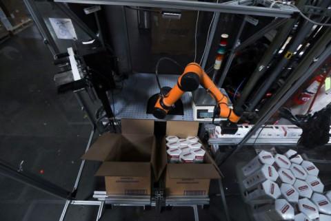 Thung lũng Silicon gợi ý cho thuê robot, tháo gỡ thiếu lao động tại các nhà máy nhỏ ở Hoa Kỳ