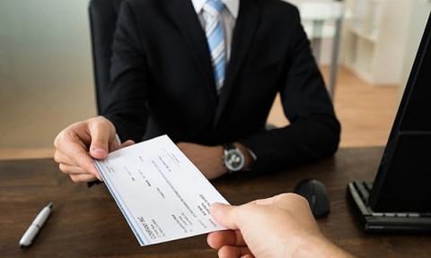 Doanh nghiệp cần biết: Giảm lương của người lao động