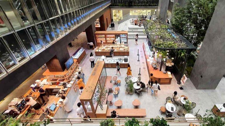 Các nhà bán lẻ Hàn Quốc tích cực mở rộng trung tâm thương mại để cạnh tranh với nhiều sàn mua sắm trực tuyến