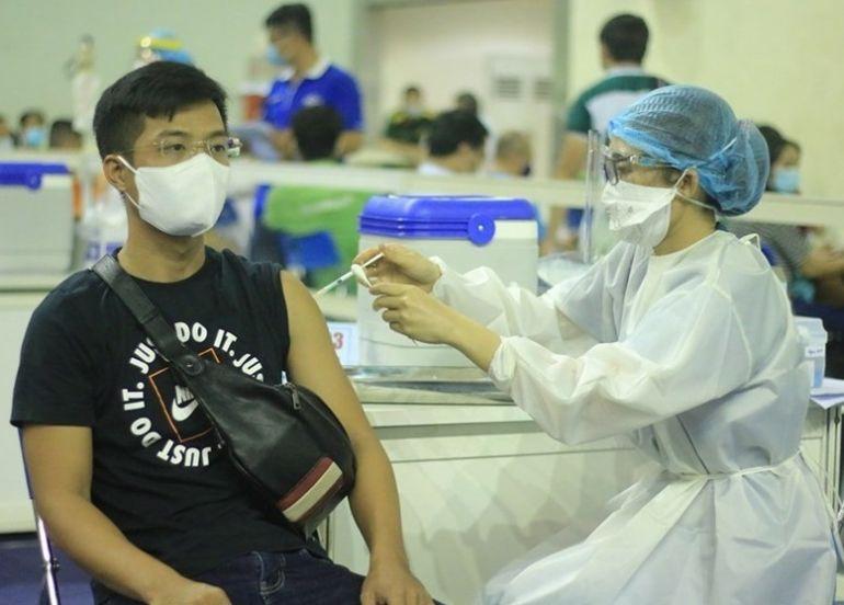 TP.HCM: Từ nay đến 15/9 sẽ tiêm mũi 2 cho những người đã tiêm đợt 4 và 5