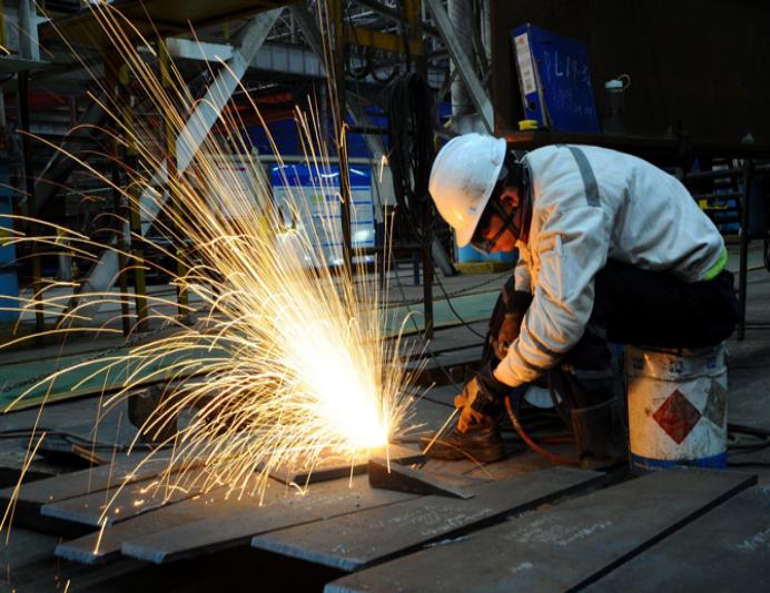 Trung Quốc có 1,4 tỷ dân, tại sao các nhà máy vẫn rơi vào tình trạng thiếu lao động?