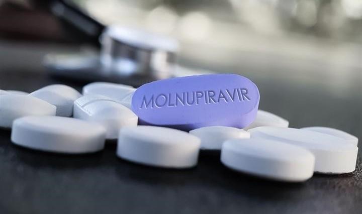 24 cơ sở phải báo cáo sử dụng nguyên liệu sản xuất thuốc hỗ trợ điều trị Covid-19