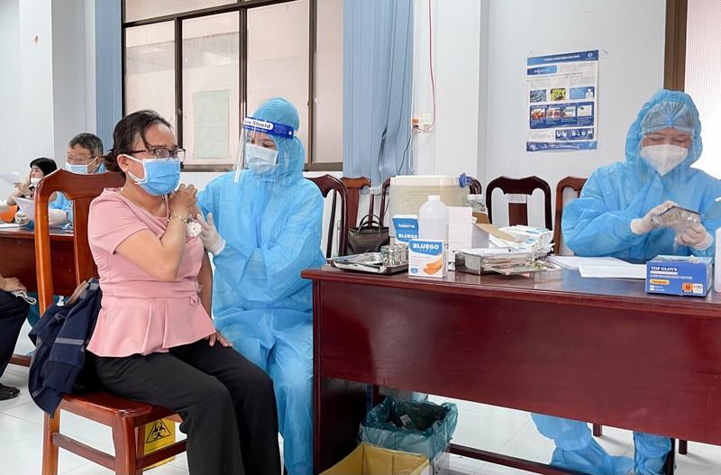 Kiên Giang đang khẩn trương tiêm vắc xin phòng Covid-19 theo kế hoạch (Ảnh: Mai Tưởng)