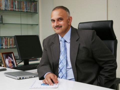 Anand Deshpande: khởi nghiệp với 21.000 USD và trở thành tỷ phú