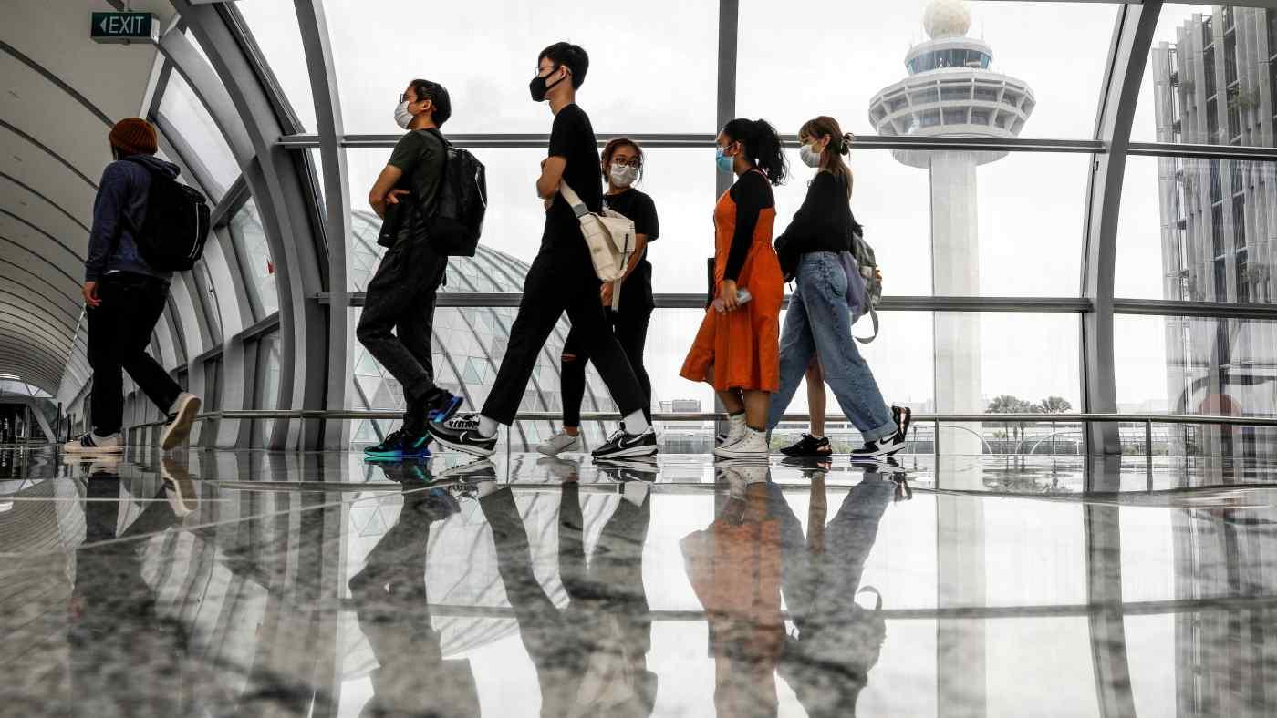 Sân bay Changi của Singapore: Singapore hôm thứ Tư đã mở một hành lang du lịch mới cho phép những người đã được tiêm phòng đầy đủ nhập cảnh mà không cần kiểm dịch. © Reuters