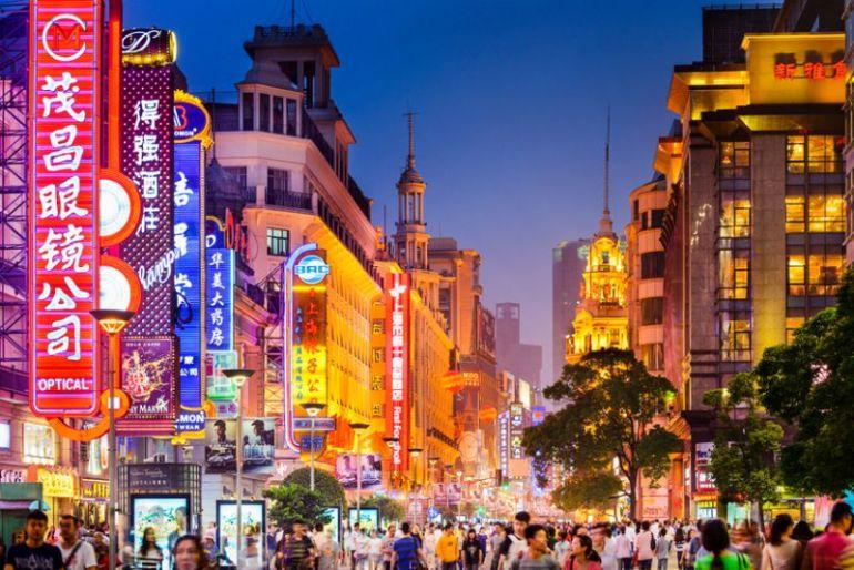 Trung Quốc thúc đẩy bình đẳng kinh tế trong thời kỳ nhạy cảm