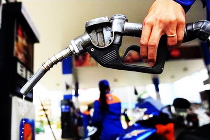Giá xăng chuẩn bị tăng trở lại?