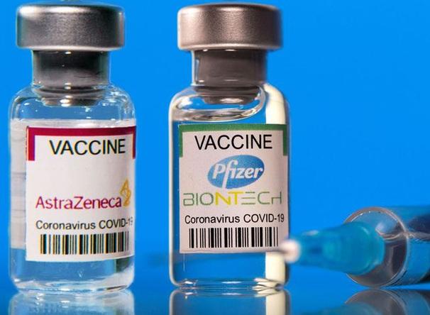 Bộ Y tế khuyến cáo có thể tiêm trộn vắc xin của Mordena và Pfizer