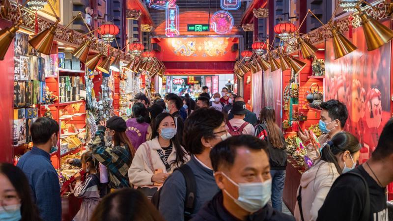 Kinh tế Trung Quốc phục hồi nhưng nhiều rủi ro
