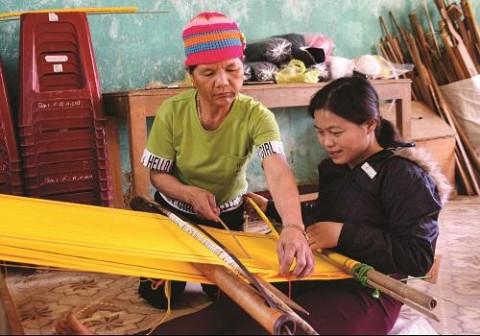 Nghề dệt gìn giữ nét đẹp truyền thống Việt
