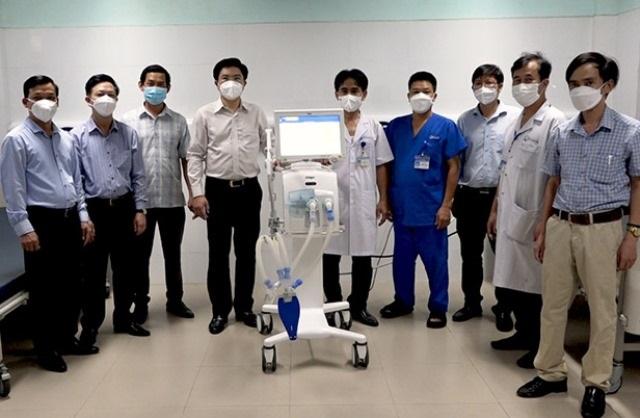 Tập đoàn Vingroup ủng hộ Quảng Bình 5 máy thở trị giá hơn 5 tỷ đồng phục vụ điều trị bệnh nhân Covid-19