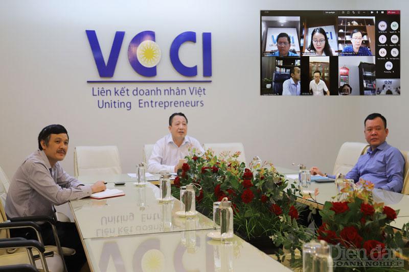 VCCI họp tổ công tác thúc đẩy chuyển đổi số sáng ngày 16/9