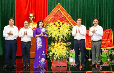 Bí thư Tỉnh ủy Phú Thọ thăm, làm việc và động viên Đài Phát thanh và Truyền hình tỉnh