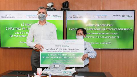 Quảng Nam: Tặng máy thở cho ngành y tế chống dịch