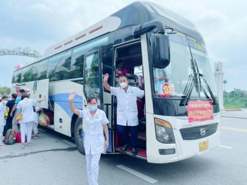 Phú Thọ tổ chức đón 500 cán bộ y tế đã hoàn thành nhiệm vụ hỗ trợ Thành phố Hà Nội phòng chống dịch COVID-19 trở về
